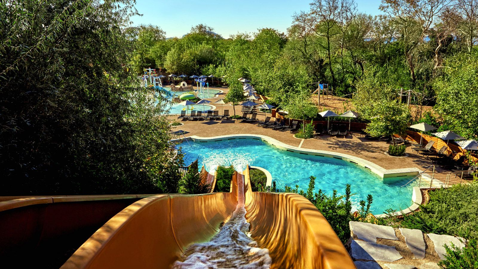 The Westin Resort Costa Navarino Griechenland Kinderhort Aquapark-Wasserrutschen