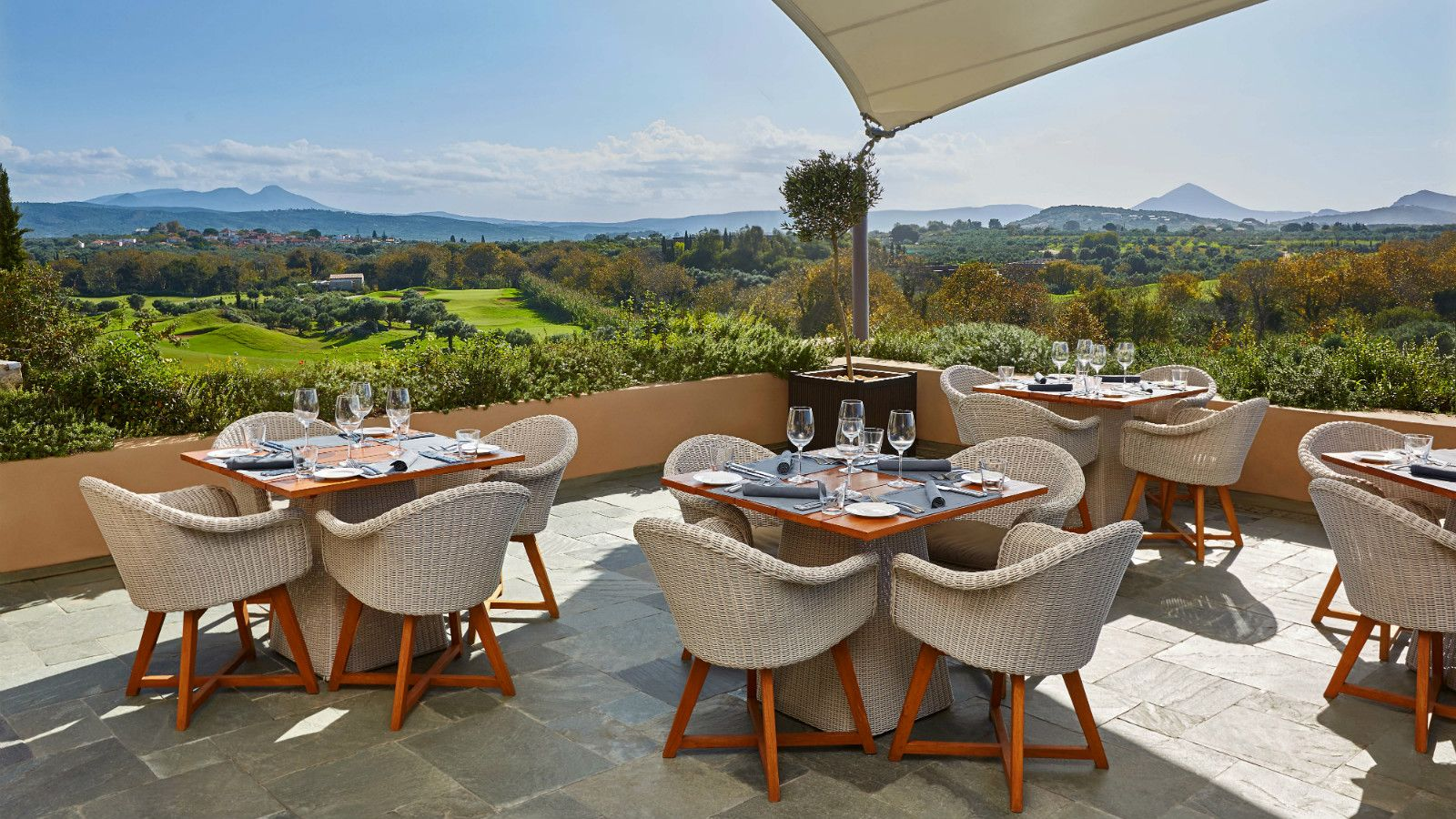 The Westin Resort Costa Navarino Griechenland Restaurants und Bars